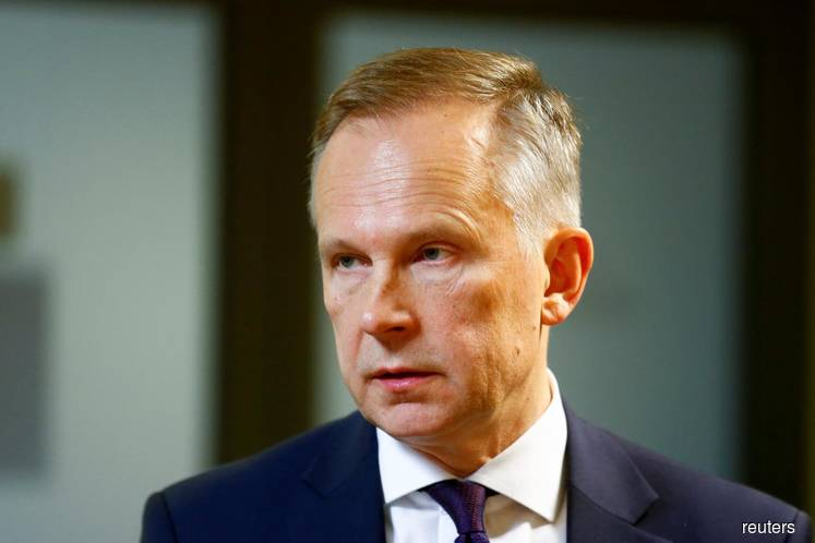 ECB governor accused of bribery in Latvia corruption trial