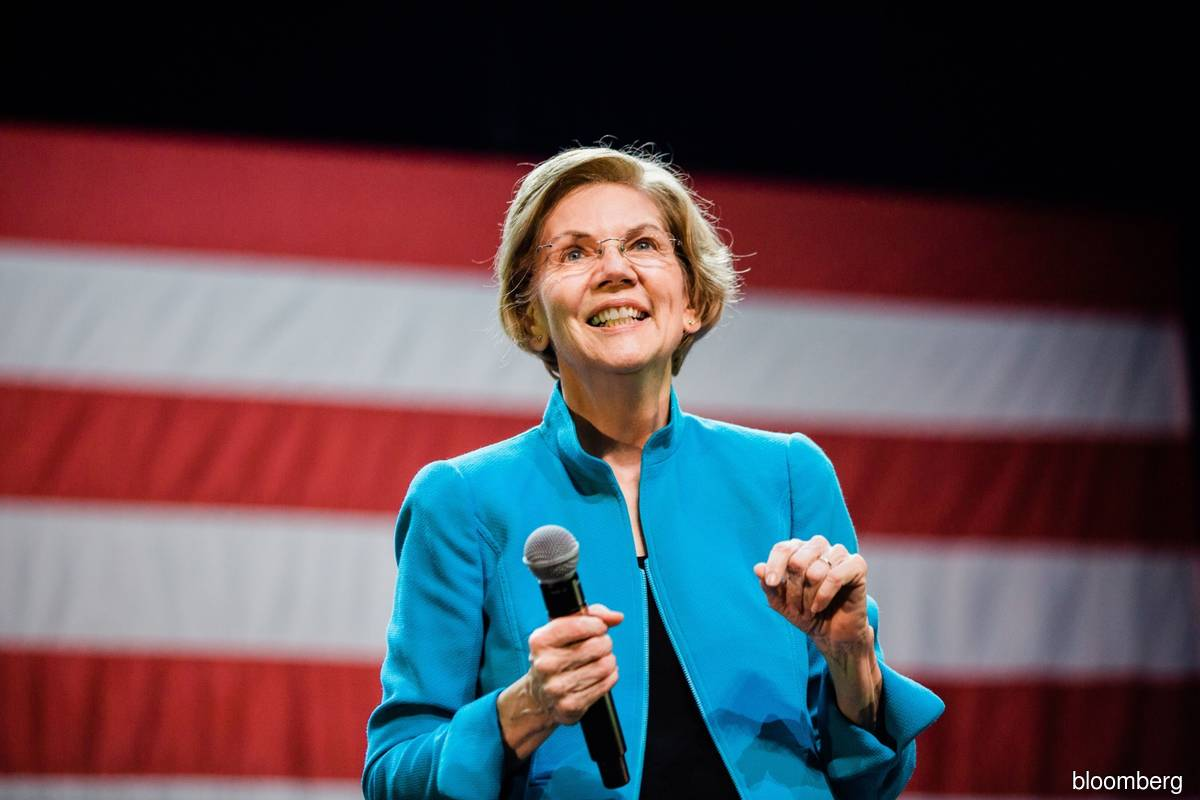 Elizabeth Warren seeks SEC insider trading probe after Kodak shares surge