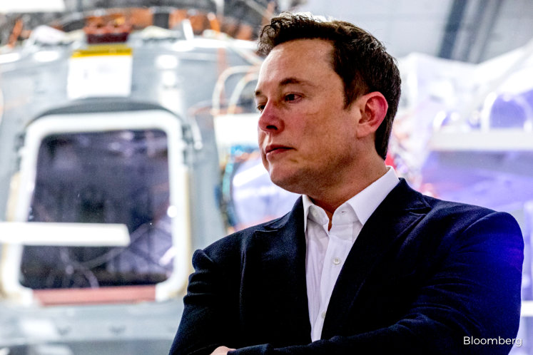 Elon Musk's manned SpaceX launch makes the space business serious