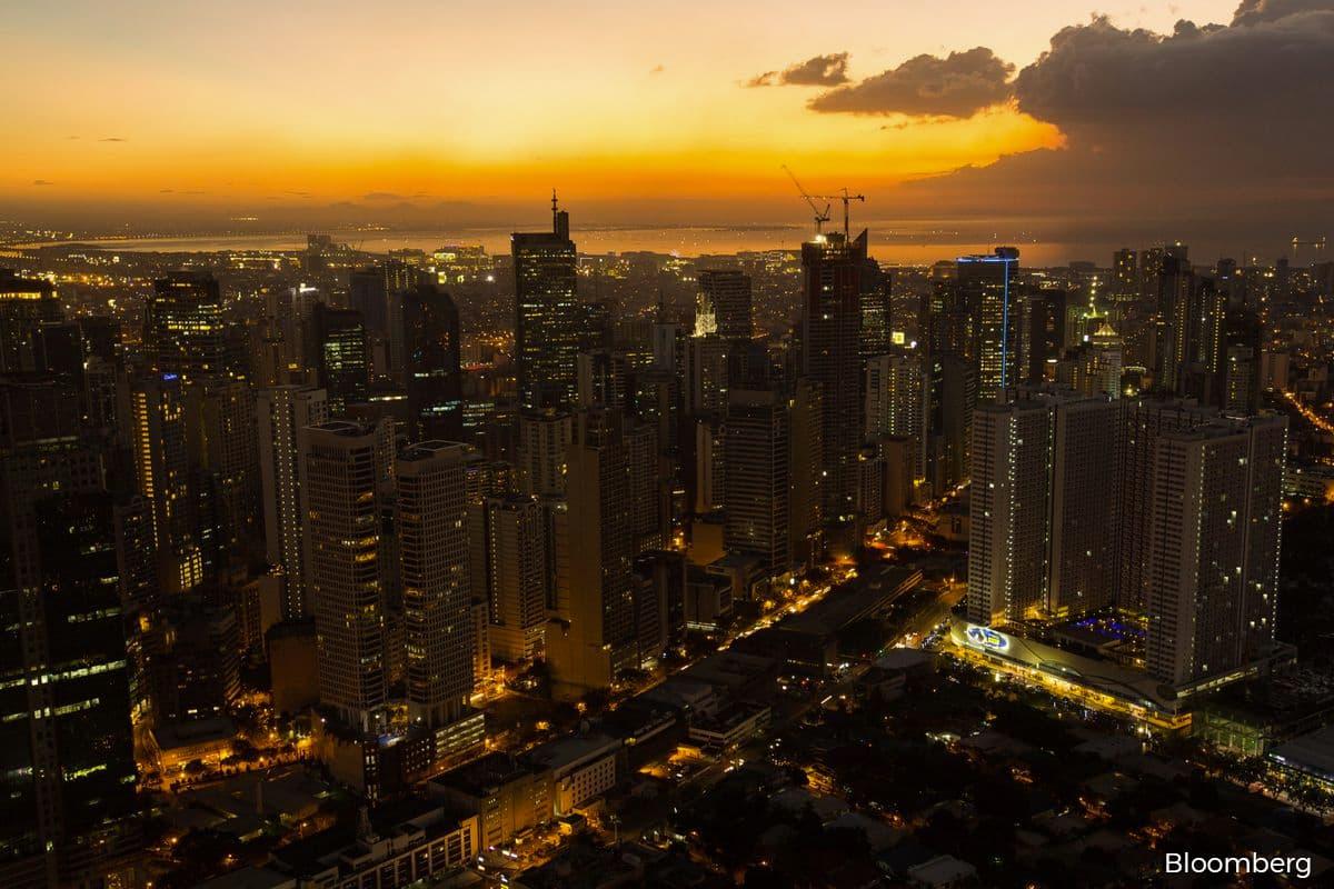 Exodus of online casinos empties Manila's residential towers