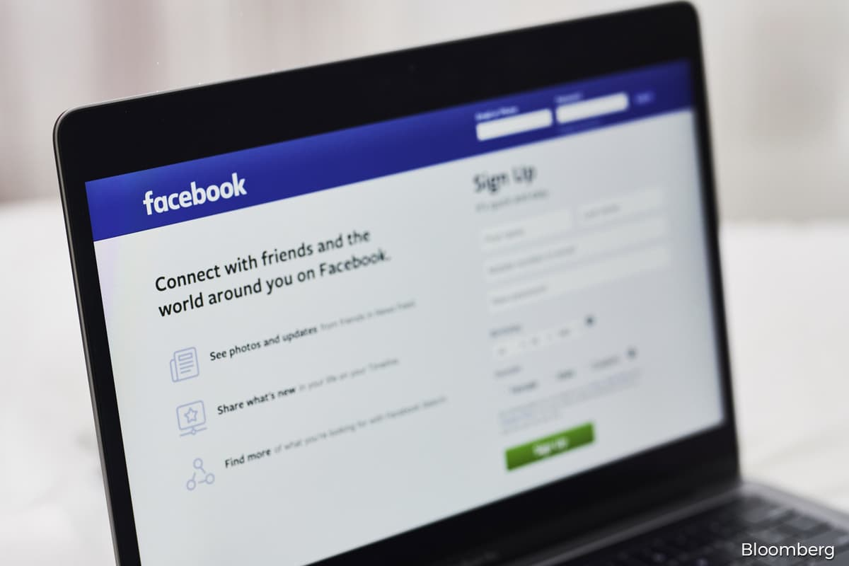 Facebook to ban political ads after end of voting on US election day