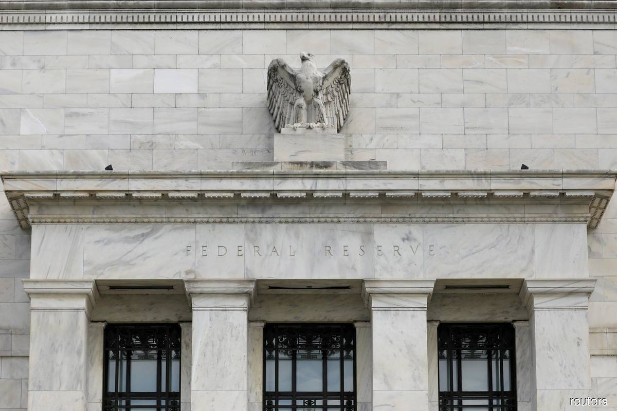 Fed officials talk up urgency of fiscal aid as lawmakers bicker