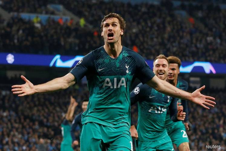 Spurs stun City to go through after seven-goal thriller, VAR drama