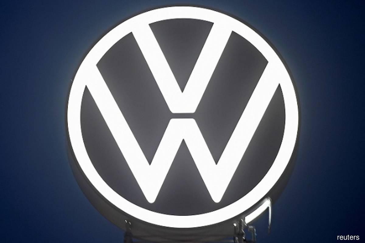 Volkswagen to get US$351 mil in dieselgate settlement with former execs
