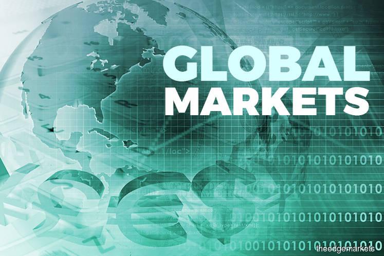 Asian Stocks Push Higher; Yuan Holds Gains