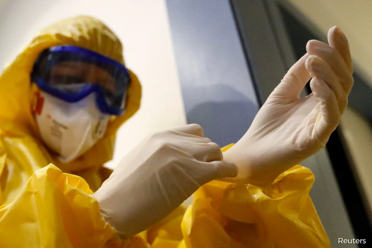 After vaccine-driven drop, gloves lead gainers on value trade