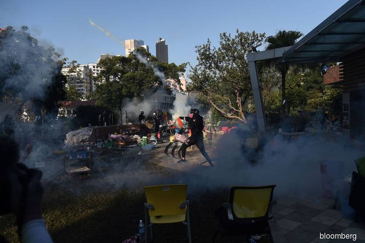 Hong Kong Protest Intensifies With Threat of Live Ammunition