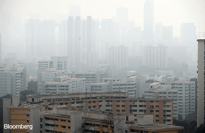 Air quality improves, but more smoke-induced illnesses