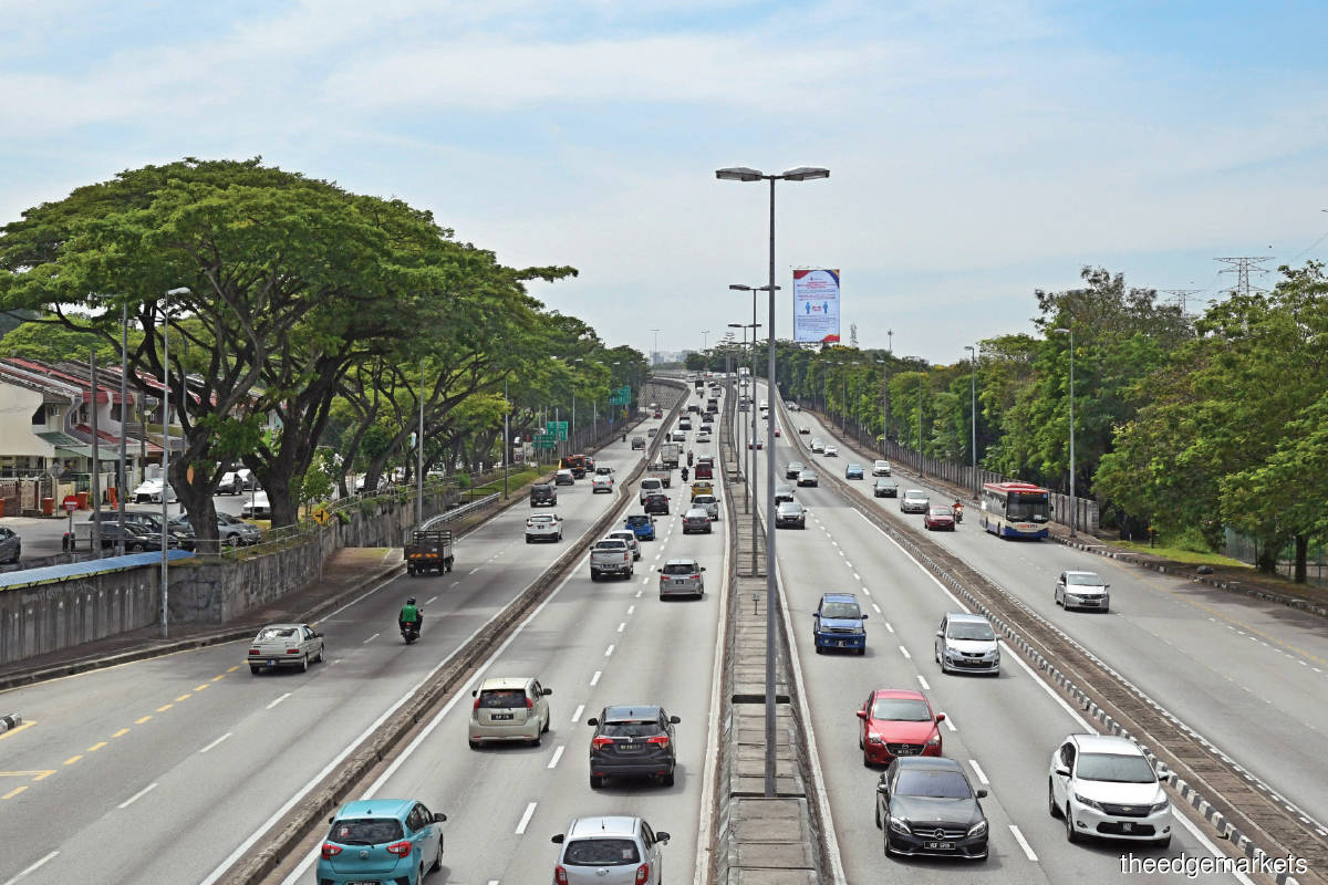 For the highway trust to take off, it needs the approval of the federal government, which will have to make adjustments to the concession agreements. (Photo by Edgeprop)