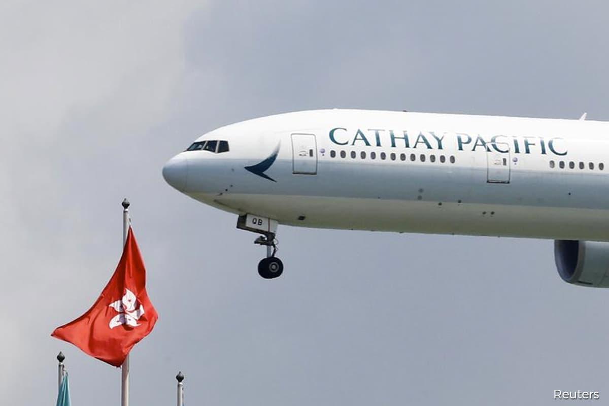 Hong Kong hub puts Cathay in tighter spot than Singapore Air