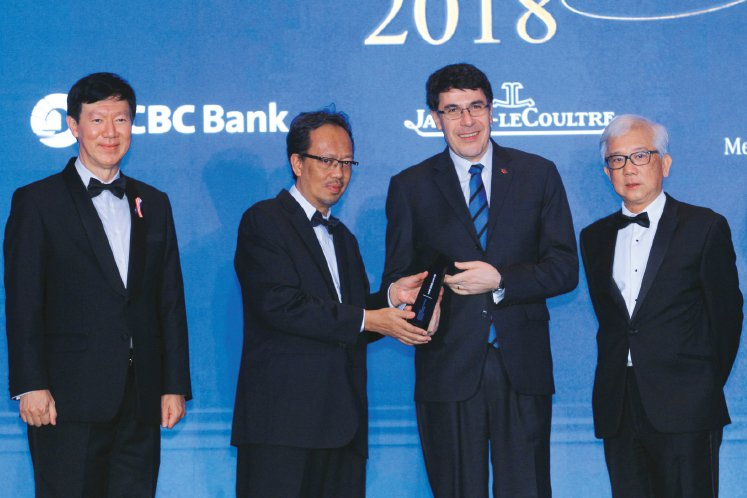 HIGHEST RETURNS TO SHAREHOLDERS OVER THREE YEARS: FINANCIAL SERVICES — RM10 BILLION AND ABOVE MARKET CAPITALISATION: Hong Leong Bank Bhd - Delivering Stellar Returns