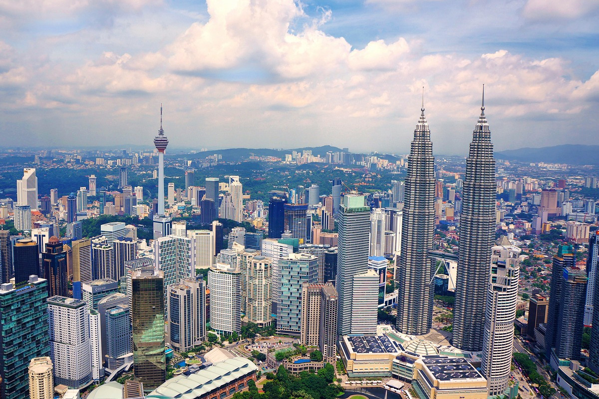 Malaysia to Go 5G • Go Cloud • Go AI - Grow with intelligence