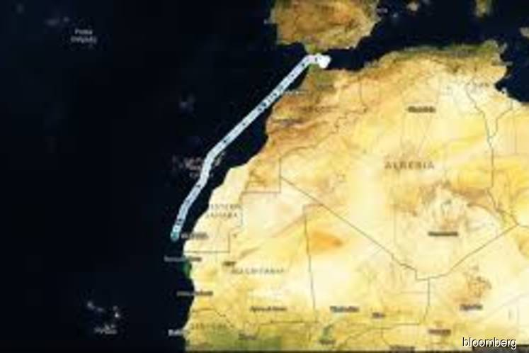 Huge Euronav tanker starts 12,400-mile trip to fuel-storage zone