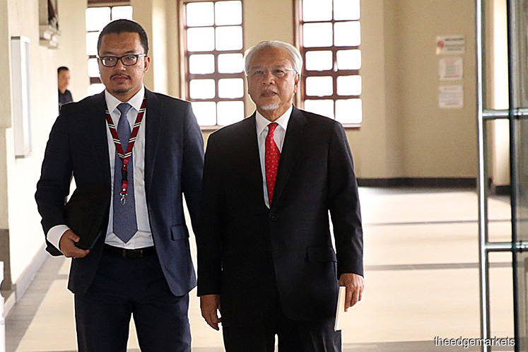 Najib approved SRC ownership transfer without consulting Husni