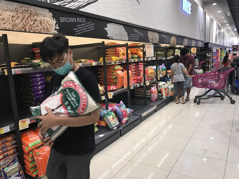 PH urges government to enforce purchase limit for basic necessities during movement control period