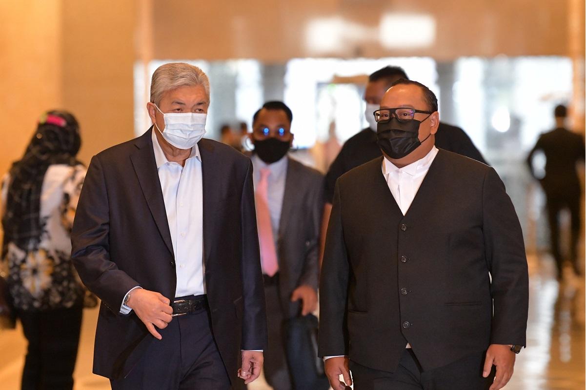 Datuk Seri Dr Ahmad Zahid Hamidi (left) (Photo by Mohd Suhaimi Mohamed Yusuf/The Edge)