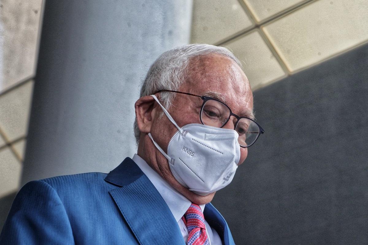 Najib to apply for stay of proceedings in 1MDB's US$8b civil suit — source
