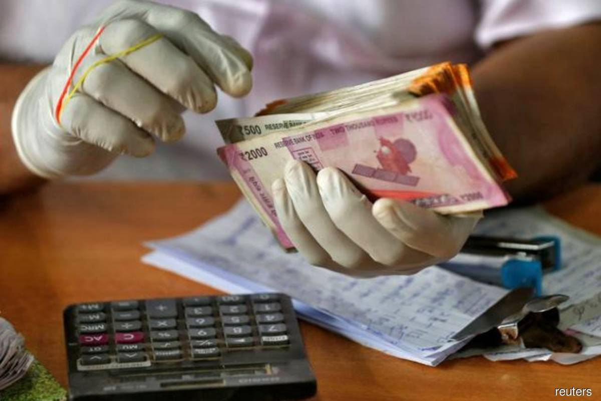 Indian rupee hits over 5-month high, growth worries hit South Korea