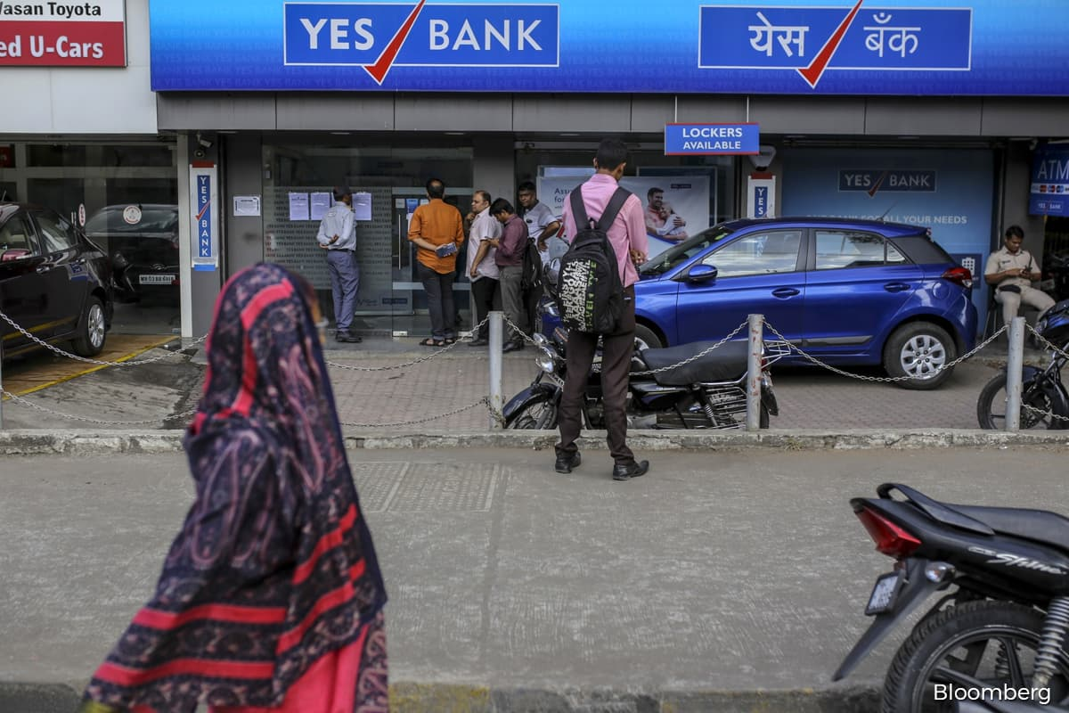 Indian Bank fined for mis-selling riskier debt to individuals