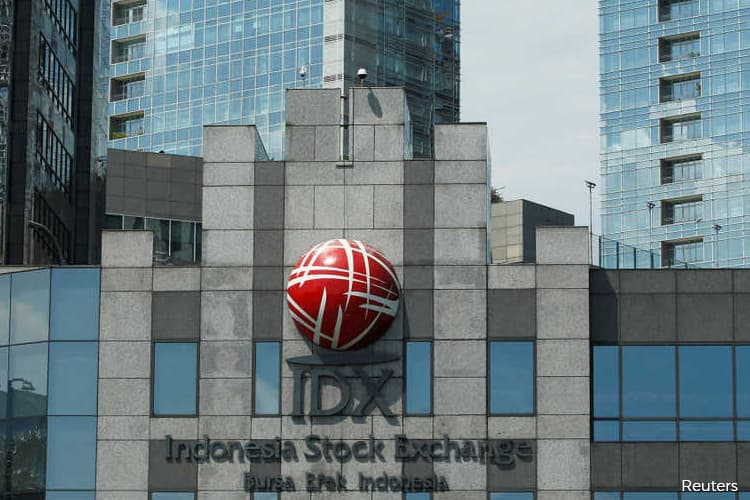 Indonesian stocks hit circuit breaker again as currency tumbles