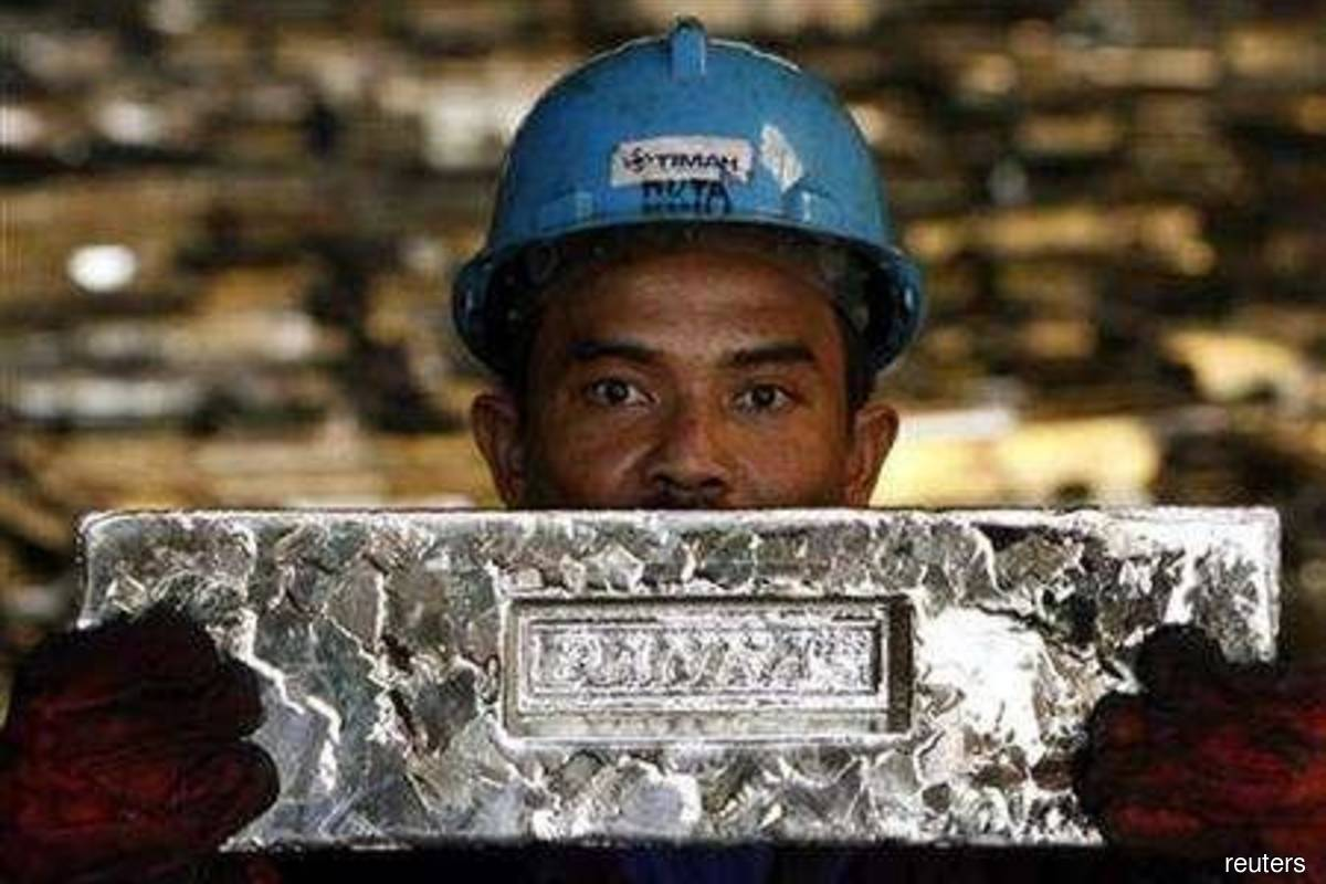 Tin's ascent to decade highs fuelled by supply fears
