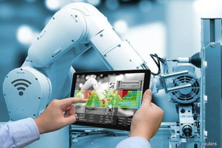 Civil servants told to prepare for Industry 4.0