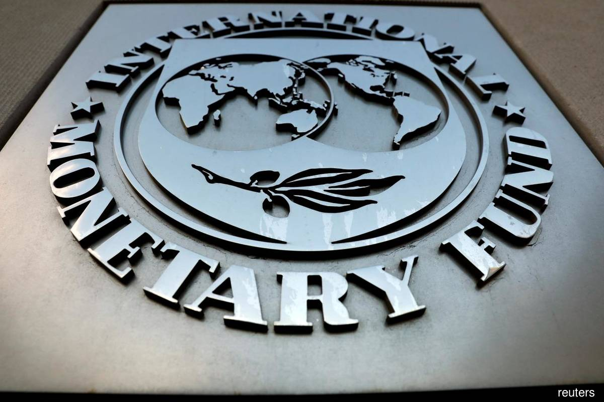 IMF cuts growth forecast for Asia, warns of supply chain risks