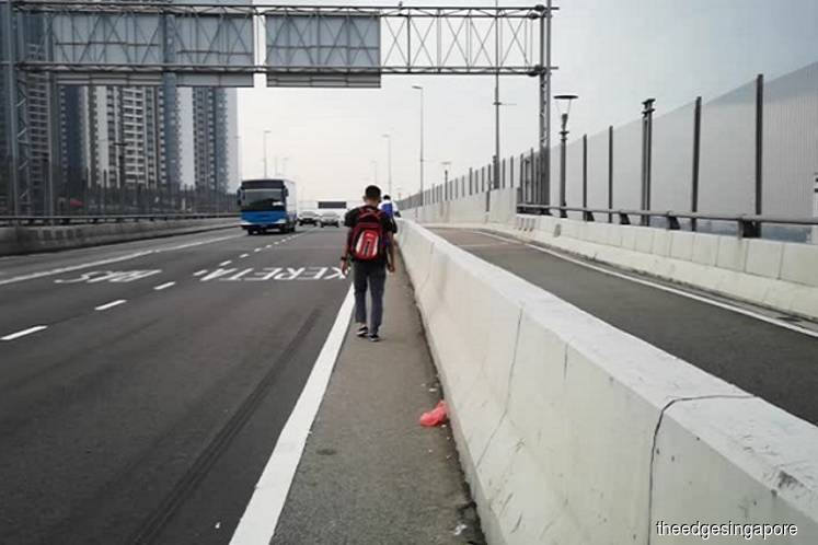 Johor to build sheltered pedestrian walkway on Causeway