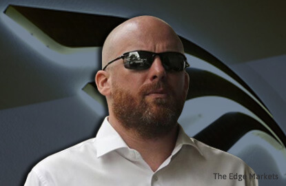 Former Falcon branch manager Sturzenegger charged for 1MDB crimes; plans to plead guilty
