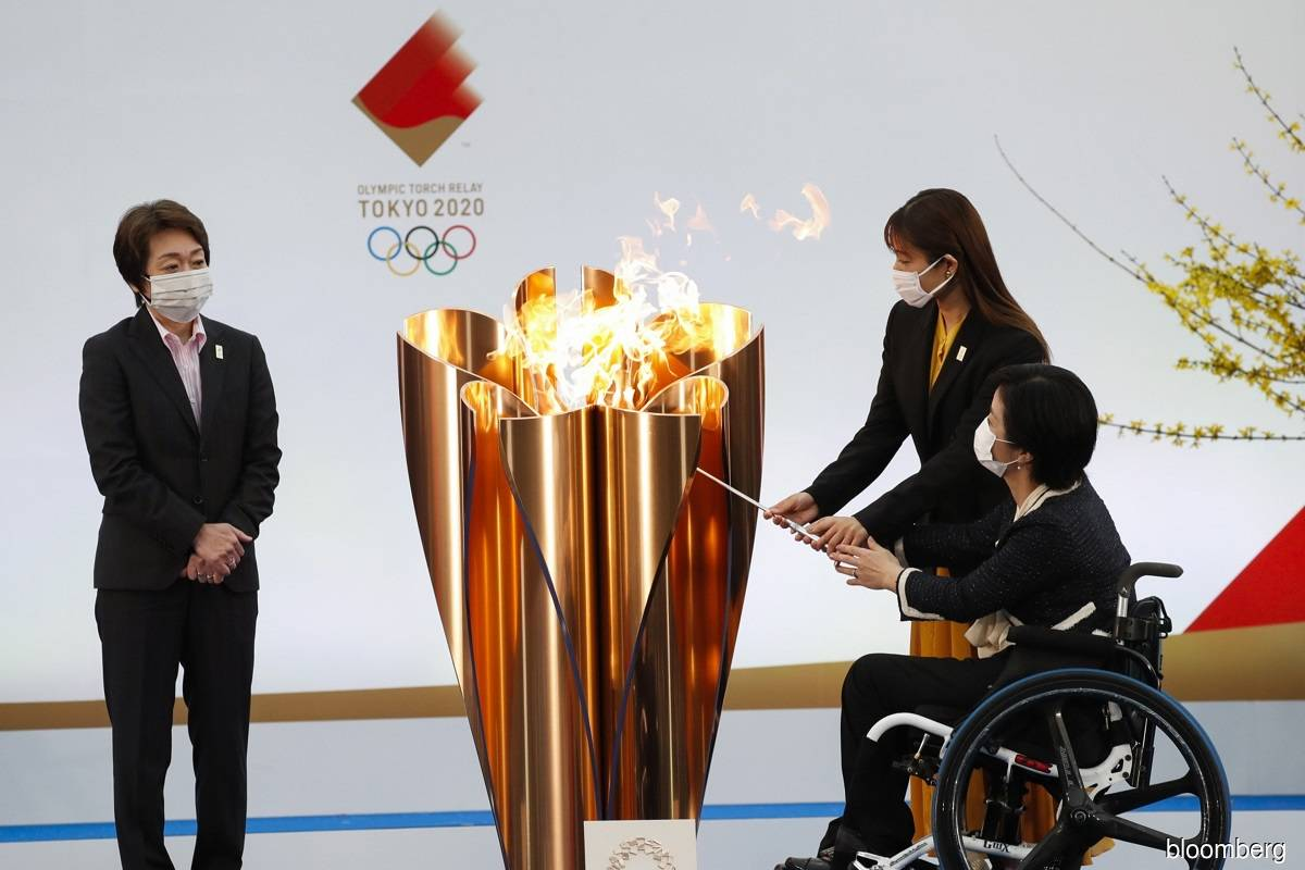 Japan set to hold Tokyo Olympics despite coronavirus-related difficulties