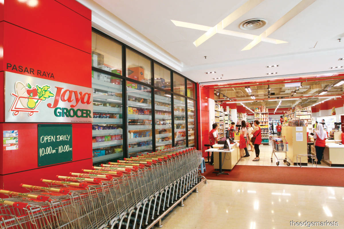 Jaya Grocer's net profit jumped by 144% last year. (Photo by Patrick Goh/The Edge)