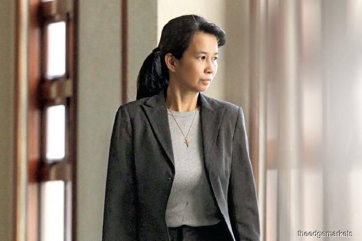 Defence grills Yu over her BBM messages