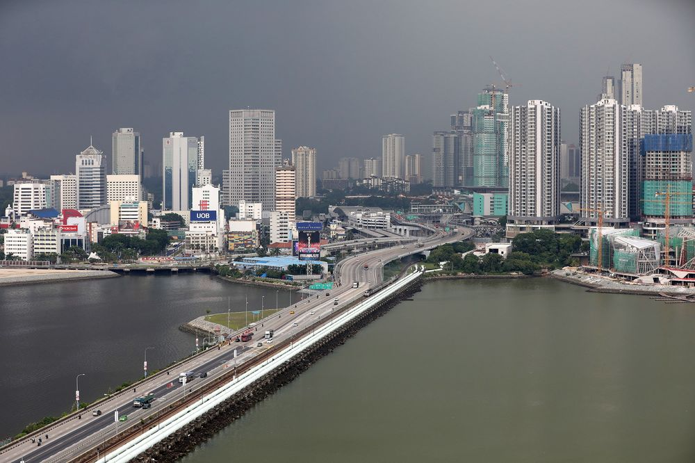 Malaysia, Singapore must streamline SOP before allowing cross-border travel - Health D-G