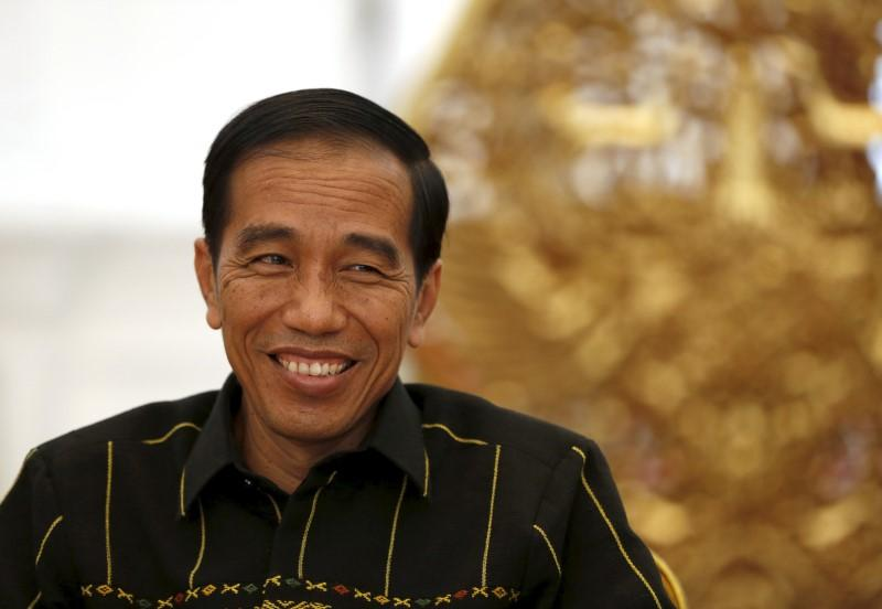 Jokowi's KL visit good chance to resolve bilateral issues
