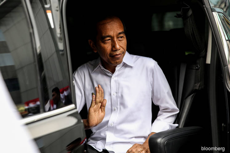 Indonesian markets seen rallying as Jokowi takes early lead