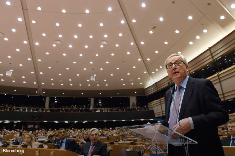 Juncker forces EU's hand