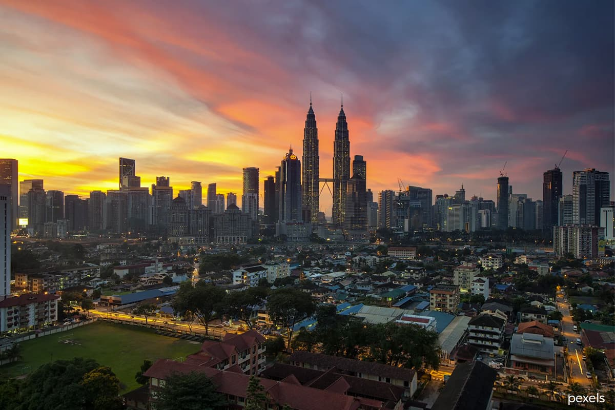 Malaysia's economy seen 'at risk' as MCO spurs slowdown bets — Moody's Analytics