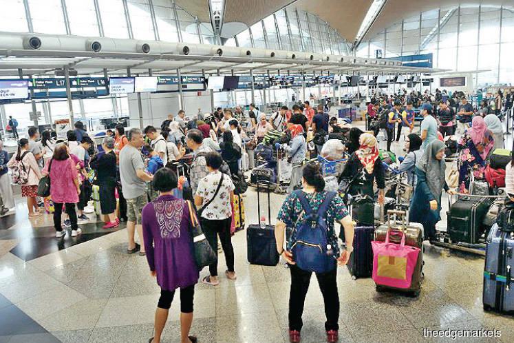 Technical glitch causes flight delays at KLIA, klia2