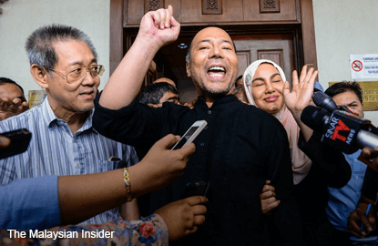 Khairuddin, lawyer Chang out on bail