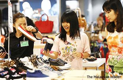 Consumer confidence in Malaysia drops amid concern over economic outlook, survey finds