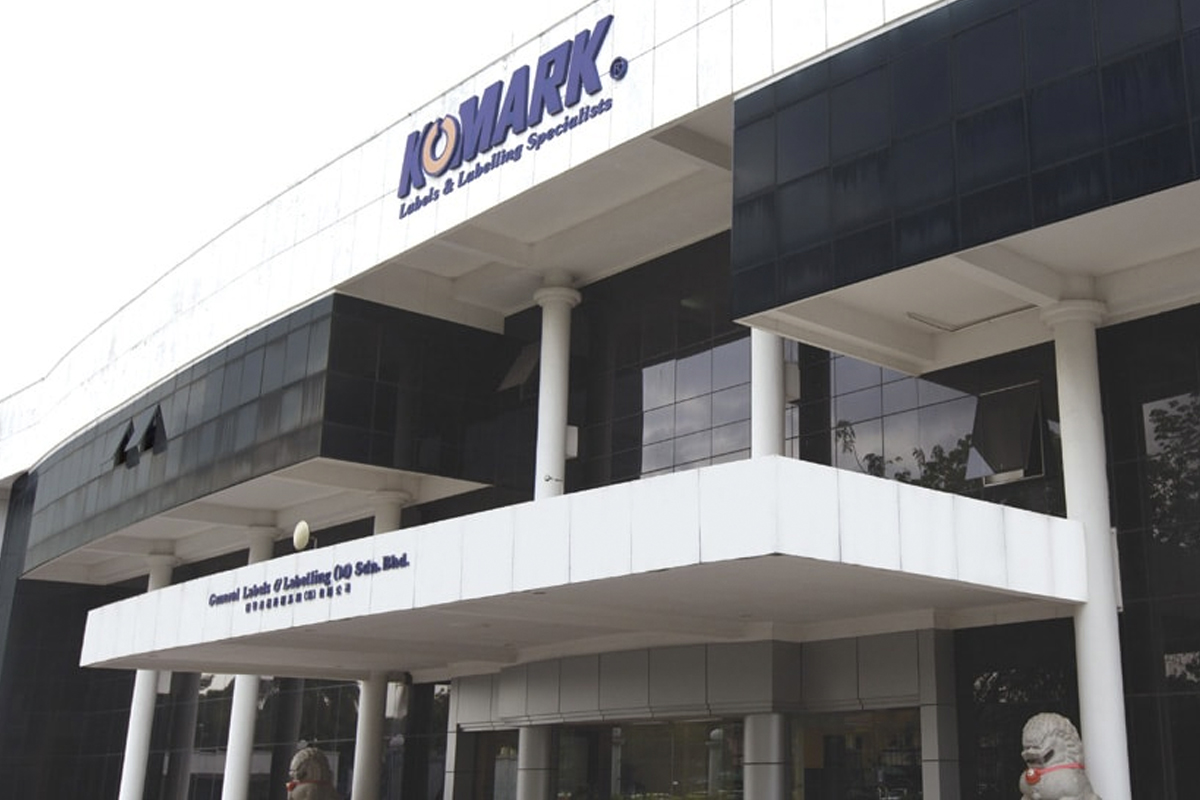 Komarkcorp proposes share split after rally