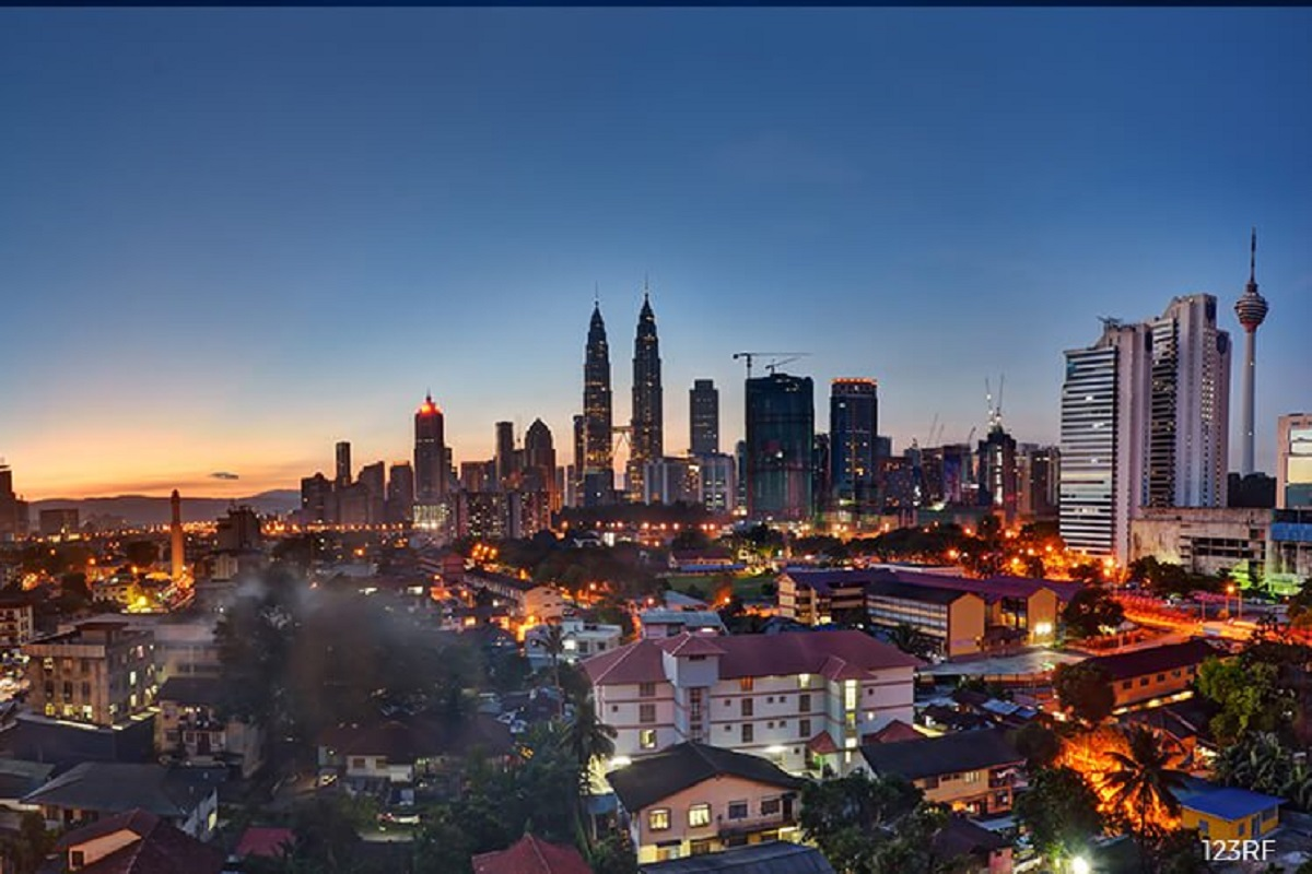 Malaysia current account surplus falls to RM7.6b in 2Q