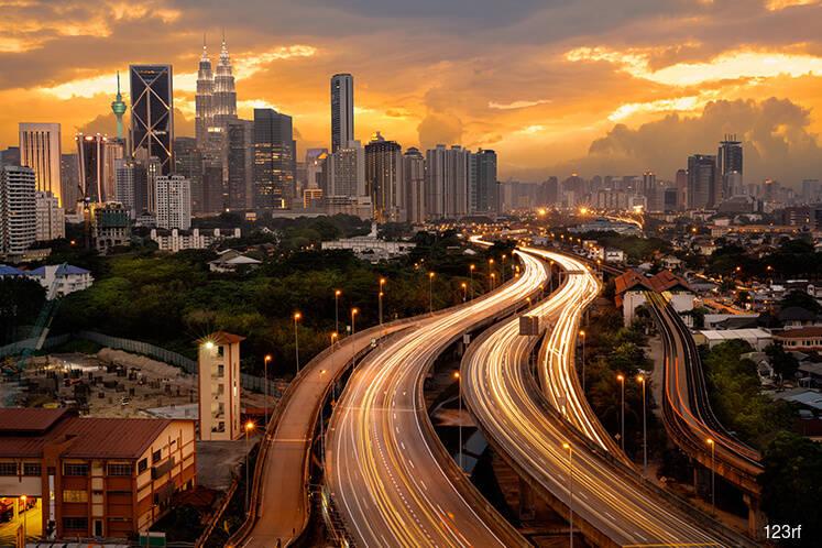 Distributive trade hits 3-month high