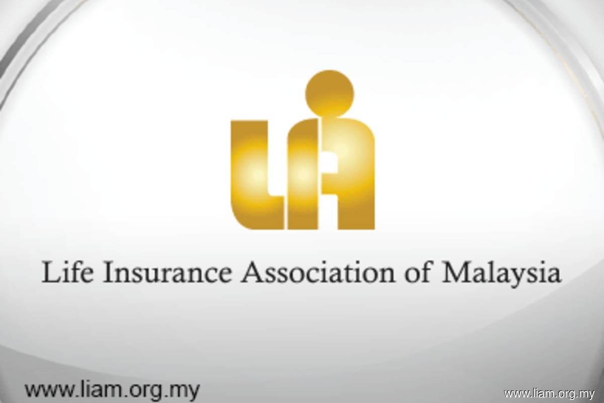Life insurance total premiums drop 12.6% in 1H20