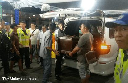 LIM_SOO_SEE_remains-in-casket-bangkok-blast-victim-210815_TMI