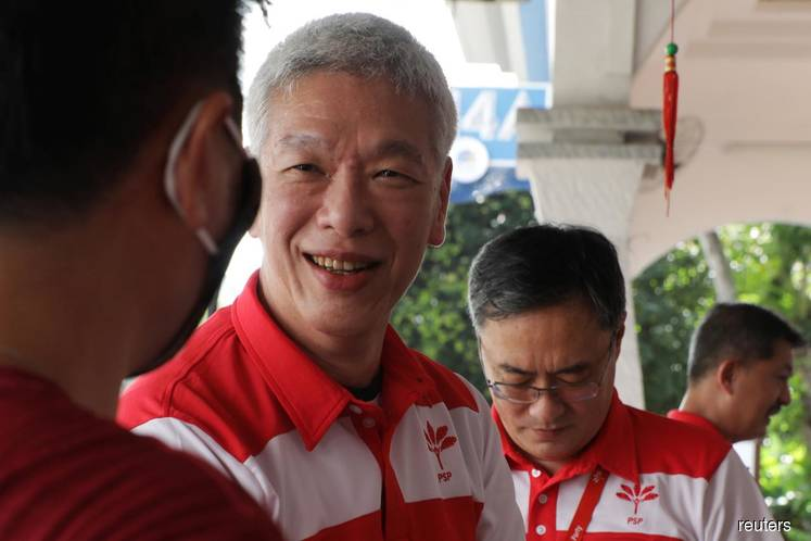 Singapore PM's brother won't run in election, helping incumbents