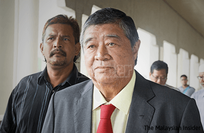 Ling moves to strike out Najib's libel suit