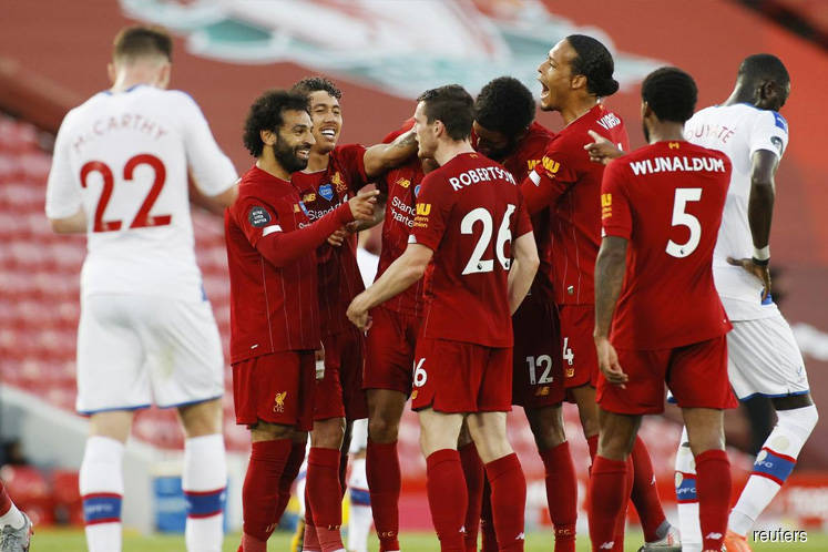 Liverpool move ever closer to title with 4-0 win over Palace