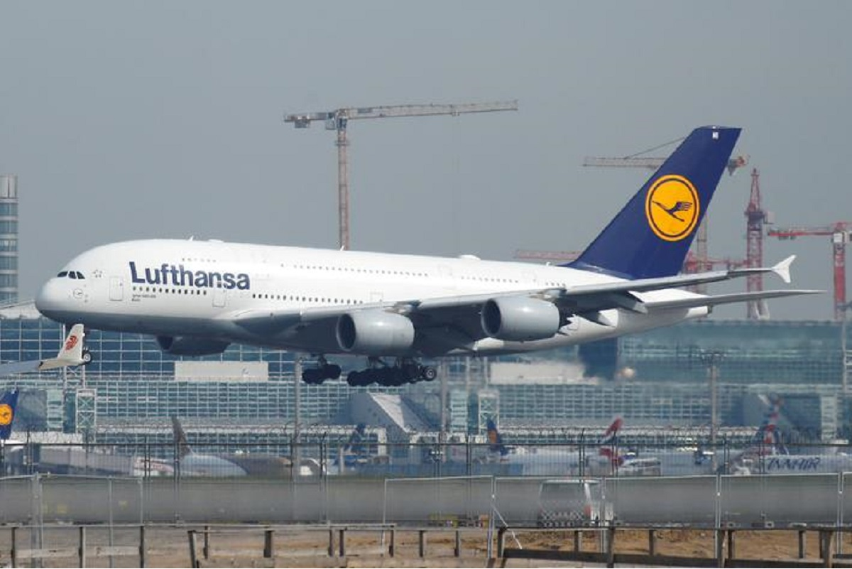 Lufthansa to raise US$2.5b to repay state bailout funds
