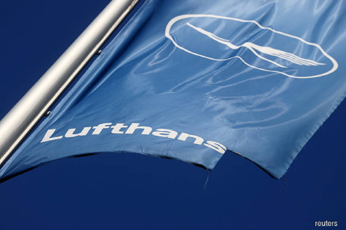 Lufthansa to shed biggest planes in deepening fleet shake-up